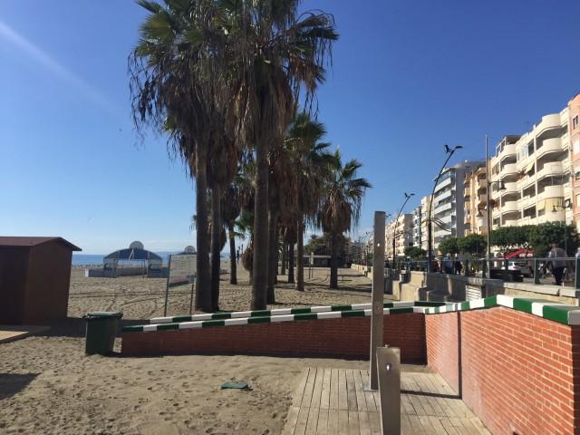 For sale: 4 bedroom apartment / flat in Estepona