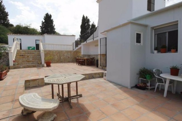 3 bedroom finca for sale in Coin, Costa del Sol
