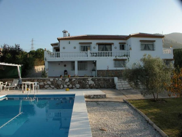 For sale: 6 bedroom house / villa in Alhaurín de la Torre, Costa del Sol