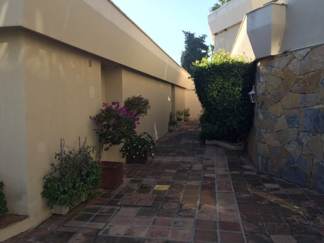 1 bedroom house / villa for sale in Estepona, Costa del Sol