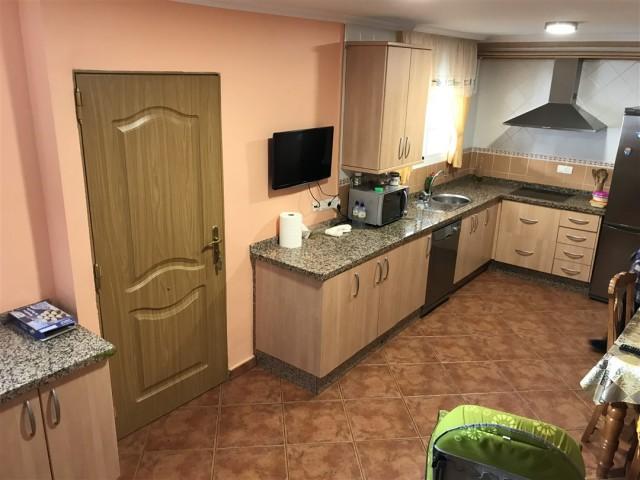5 bedroom house / villa for sale in Alhaurín de la Torre, Costa del Sol