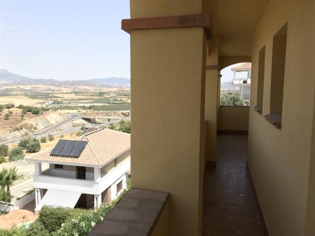 5 bedroom house / villa for sale in Coin, Costa del Sol