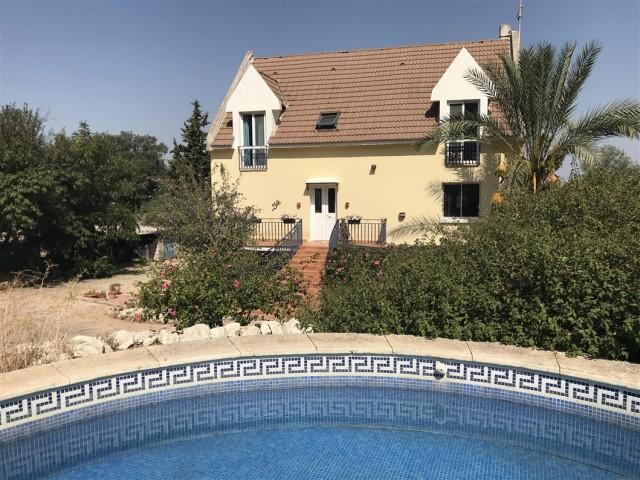 For sale: 6 bedroom house / villa in Alhaurín el Grande, Costa del Sol