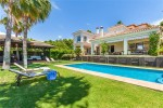 V6713-BN - Villa for sale in Benalmádena Costa, Benalmádena, Málaga, Spain