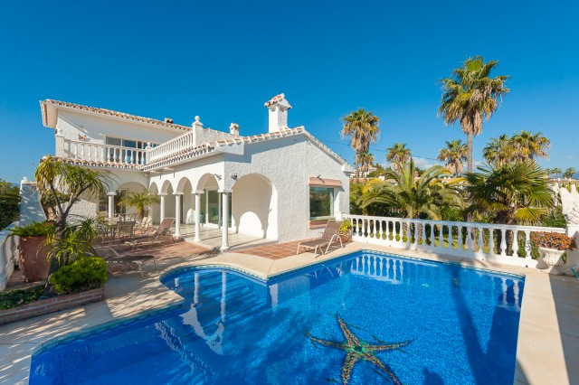 For sale: 4 bedroom house / villa in Mijas Costa