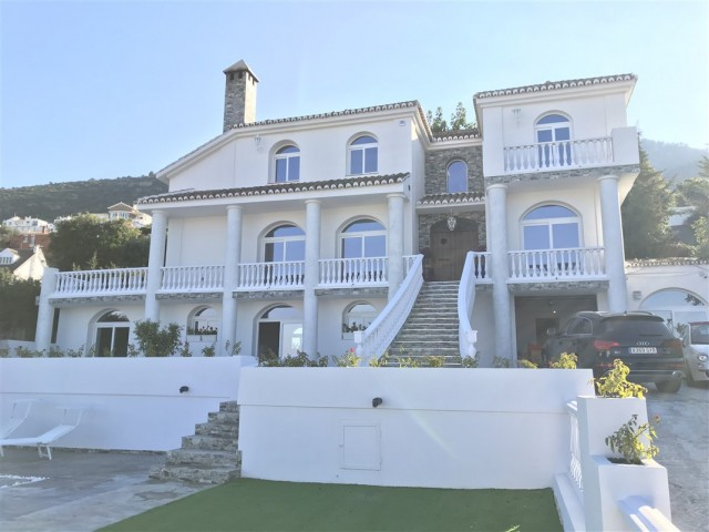 For sale: 7 bedroom house / villa in Alhaurín de la Torre, Costa del Sol