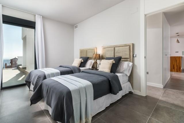 2 bedroom apartment / flat for sale in Manilva, Costa del Sol