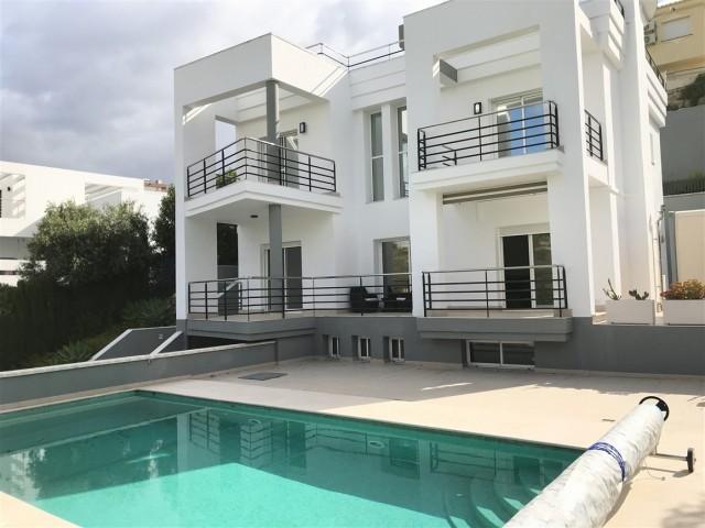 For sale: 4 bedroom house / villa in Coin, Costa del Sol