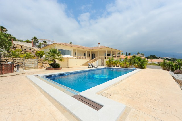 For sale: 4 bedroom house / villa in Periana