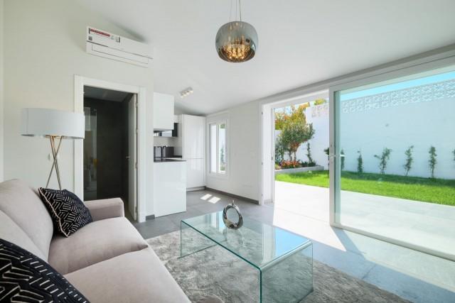 3 bedroom house / villa for sale in Estepona, Costa del Sol