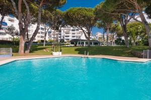 789912 - Apartment for sale in Nueva Andalucía, Marbella, Málaga, Spain