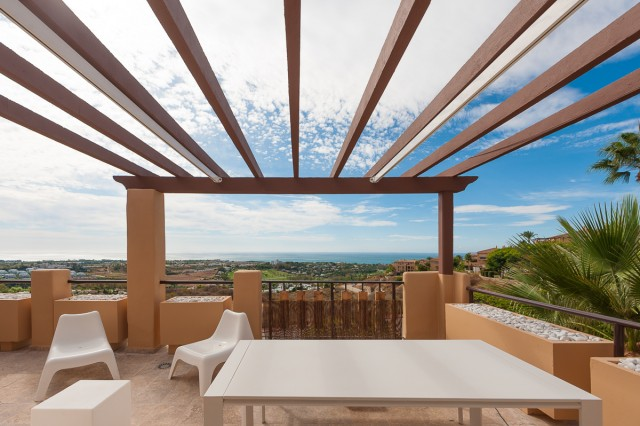 For sale: 2 bedroom apartment / flat in Benahavis