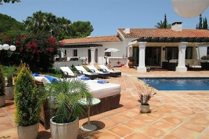 796899 - Villa for sale in Estepona, Málaga, Spain