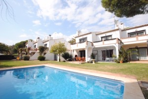 801391 - Townhouse for sale in Calahonda, Mijas, Málaga, Spain