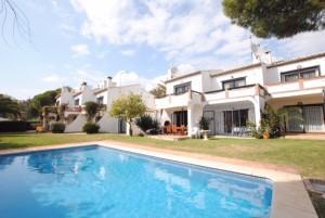 801391 - Townhouse for sale in Calahonda, Mijas, Málaga, Spain