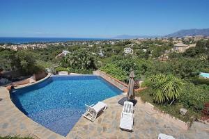 817120 - Villa for sale in Elviria Alta, Marbella, Málaga, Spain