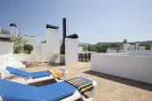 Penthouse apartment with fantastic private roof terrace in the exclusive Bellresguard development.