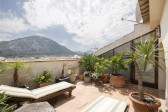 Top quality townhouse with fantastic finishes throughout and great patio with plunge pool