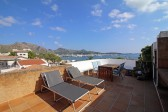 Sea front apartment: Unique penthouse apartment with an unbeatable location and superb views.