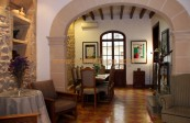 Town house for sale in Pollenca close to the shops and local points of interest