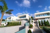 Turnkey luxury villa situated in the beautiful front line of the famous Alcanada,