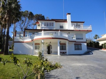 YPIS610 - Villa for sale in Torremolinos, Málaga, Spain