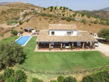YPIS1259 - Finca for sale in Entrerrios, Mijas, Málaga, Spain