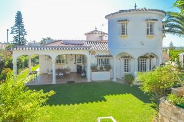 YPIS1263 - Villa for sale in Benalmádena, Málaga, Spain