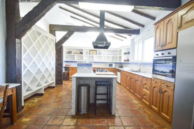 6. Main kitchen