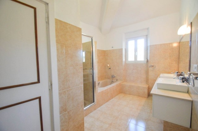 13. 3rd bathroom