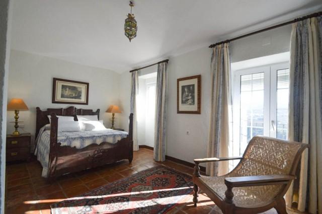 14. 2nd bedroom