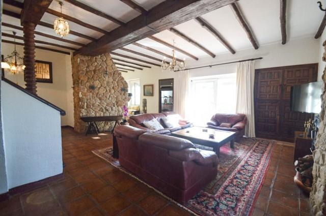 Main living room-2