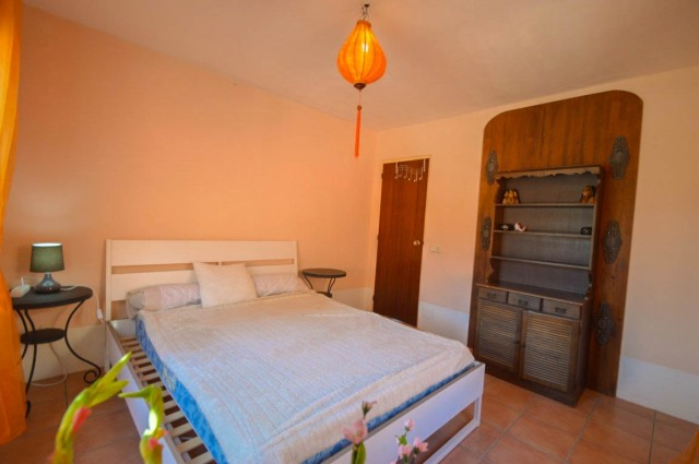 Main bedroom-2