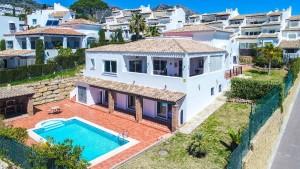 Villa Sprzedaż Nieruchomości w Hiszpanii in Benalmádena Pueblo, Benalmádena, Málaga, Hiszpania