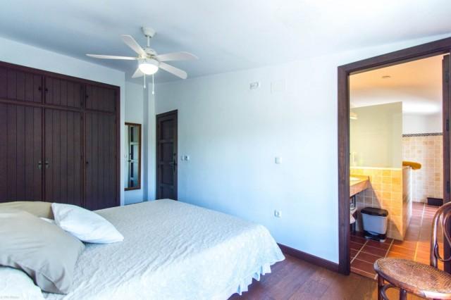 Main bedroom3