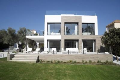 793442 - Villa For sale in Marbella, Málaga, Spain