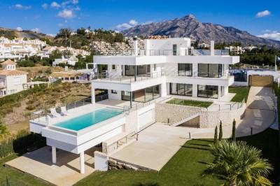 801409 - Villa For sale in Nueva Andalucía, Marbella, Málaga, Spain