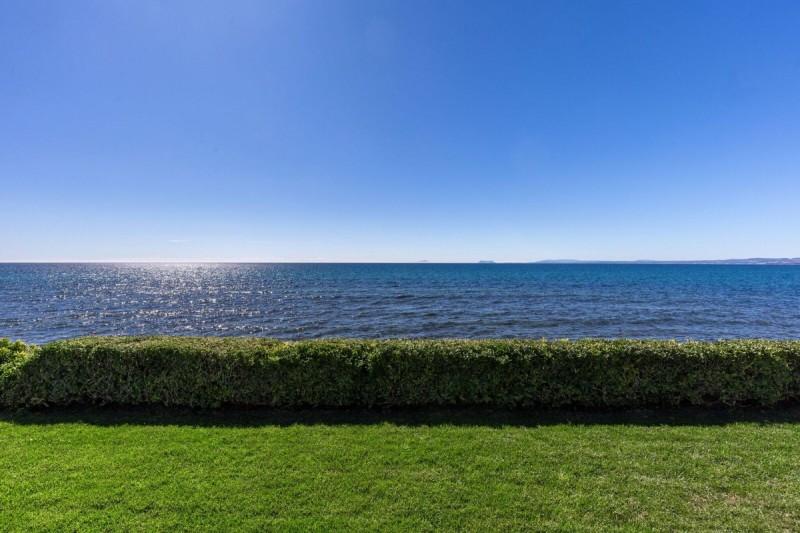 25_sea views