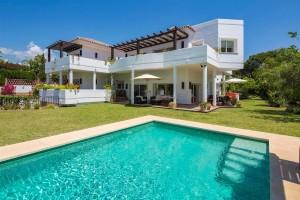 Villa Sprzedaż Nieruchomości w Hiszpanii in Bahía de Marbella, Marbella, Málaga, Hiszpania
