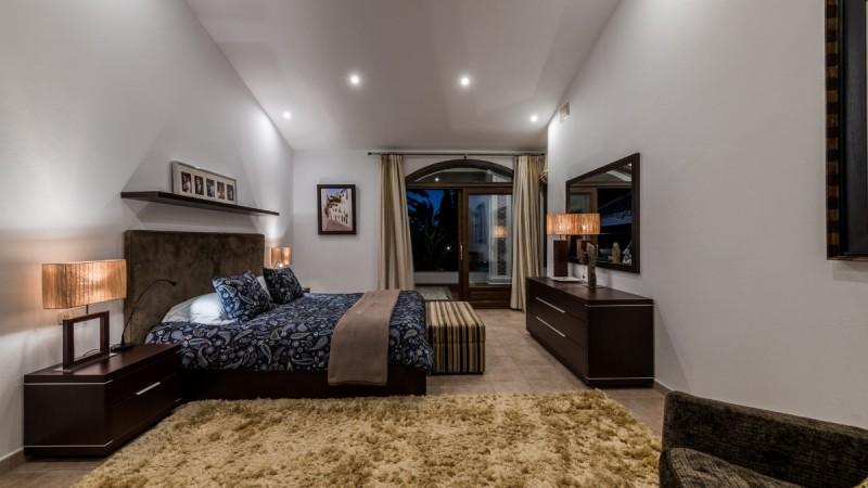 Main bedroom. (2)