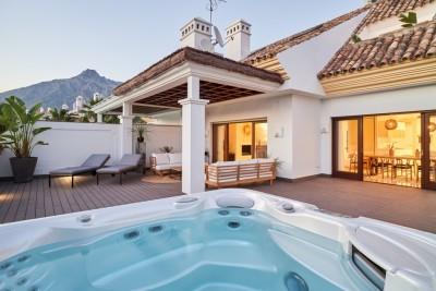 724925 - Penthouse For sale in Marbella, Málaga, Spain