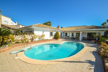 YPIS1962 - Villa for sale in La Sierrezuela, Mijas, Málaga, Spain