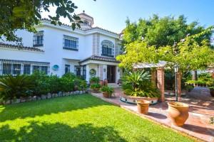 Villa en venta en Guadalmar, Torremolinos, Málaga, España