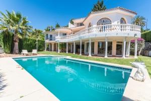 Villa Sprzedaż Nieruchomości w Hiszpanii in La Sierrezuela, Mijas, Málaga, Hiszpania