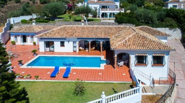 YPIS2144 - Villa for sale in La Sierrezuela, Mijas, Málaga, Spain