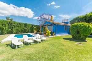 Villa for sale in Fuengirola, Málaga, Spain