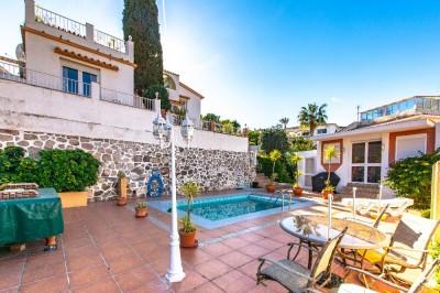 781229 - Villa For sale in Benalmádena, Málaga, Spain
