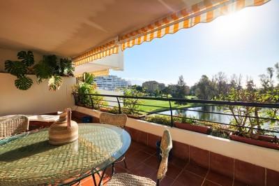 795703 - Apartment For sale in Guadalmina Alta, Marbella, Málaga, Spain