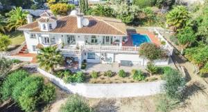 Villa for sale in La Alquería, Mijas, Málaga, Spain