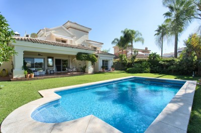 798498 - Villa For sale in La Quinta Golf, Benahavís, Málaga, Spain